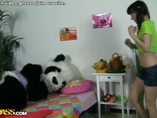 Teen girl masturbating with fruits Video