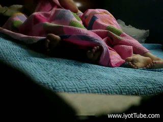 Miegas sister - azijietiškas paauglys