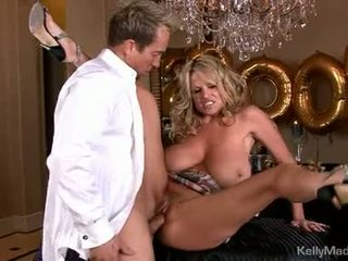Dong loving kelly madison acquires um boca completo fora caralho