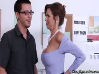 esmer, büyük göğüsler taze, görmek oral seks