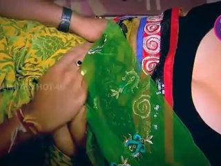 Ινδικό νοικοκυρά tempted αγόρι neighbour θείος σε κουζίνα - youtube.mp4