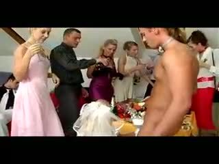 사까시, 제복, brides