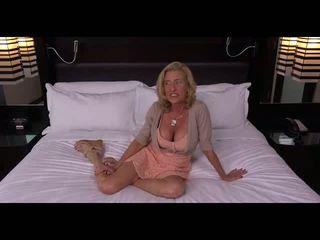 Grannie getting fucked, mugt ýaşy ýeten porno video cd