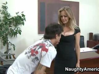 大 breasted 妈妈 id 喜欢 到 他妈的 孩儿 在 丝袜 办公室 他妈的