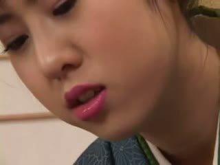 Chinatsu nakano - 23 yo 일본의 geisha 소녀