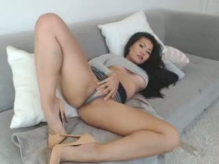Sexy Asian Leilee Webcam Teasing on the Sofa: Free Porn 0e
