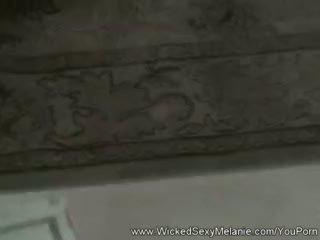 বিদ্বেষপূর্ণ মজা সঙ্গে পুর্ণবয়স্ক gilf