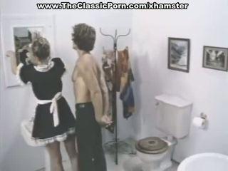 고전적인 포르노를 장면 에 a 욕실