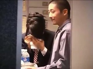 Japoniškas flight attendant cfnm smūgis darbas dandy 79