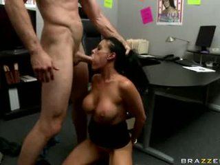 Sexy doxy vanilla deville ist getting gefickt echt gut nur tthat guy weg sie likes es