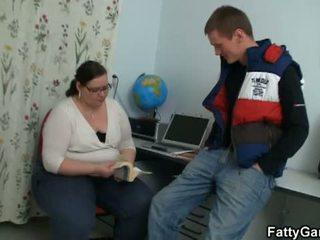 Fatty Game: Student fucks his fat teacher