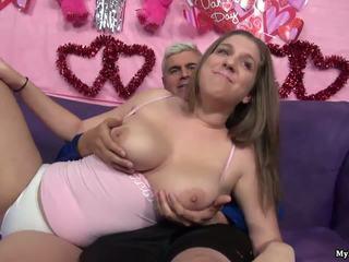 Szexi barna alex esély gets neki punci fingered