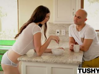 Tushy sexy holly michaels does anaal
