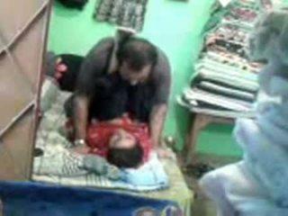 Eldre kåt pakistansk par enjoying kort muslim sex session
