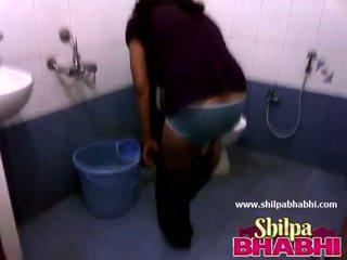 Indisk hemmafru shilpa bhabhi het dusch - shilpabhabhi.com