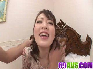 امرأة سمراء, الجنس عن طريق الفم, التدفق