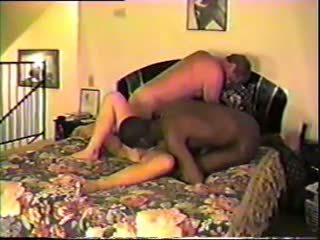 丈夫 共享 他的 妻子 同 黑色 bull