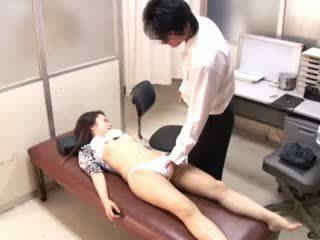Perverse doktori paralyses patients 1
