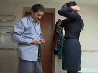 ロシア 成熟した ラフ セックス