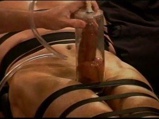 Äärimmäisissä vacuum pumping cbt päällä muscle guy