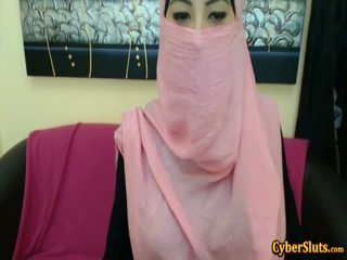 Real isin arab girls naked only on cybersluts