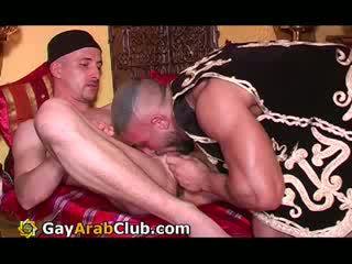 Gejs arab nakts klubs 4