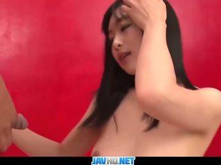 Subtitles - Japanese girl Nozomi Hazuki in de