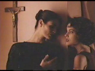 Alyssa Milano Lesbian Scene2