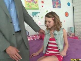 Unge skolejente kasey chase plukke opp henne lærer