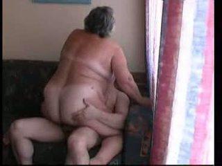 bigtits, babička, výstrek