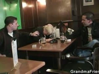 Drunk granny is picked up and double fucked