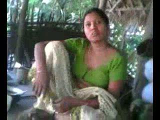 Desi כפר aunty הצגה ציצים ב בקשה wid audio - desibate*