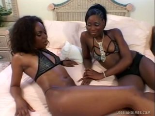 Nice Black Ladies Lick Trimmed Fuzzy W...