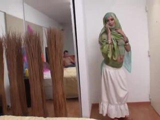 Indisch ehefrau rides ein fett schwanz tief im sie mund
