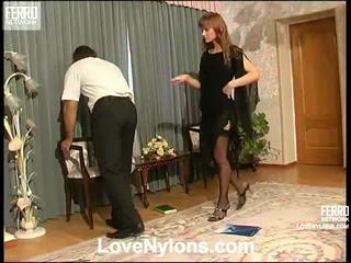 Diana și lesley videotaped whilst having nylonsex