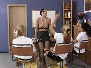 grupinis seksas, lesbiečių, senas + young