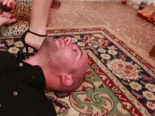 Unp033-lethal trick- headscissor nadvláda otrok man- preview 01