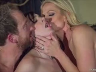 Sexy Goth Chick Pleases Kelly Madison And Her Hubby