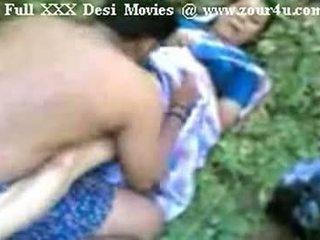 Indisch mallu aunty ficken draußen auf picnic