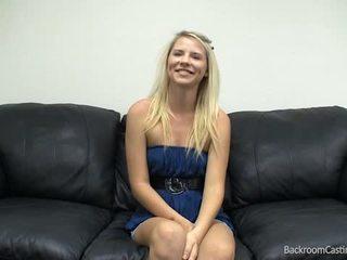 Russa bobblehead casting sofás vídeo