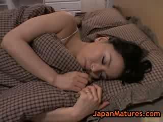 Trưởng thành to ngựa con miki sato thủ dâm trên giường 8 qua japanmatures