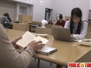 Sexy japonské študent fucked v the trieda