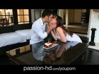 Passion-hd 18yo gets meglepetés birthday