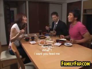 Tuhma aasialaiset vaihe tytär