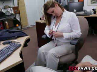 Booby obchod dáma banged podle pawn dude