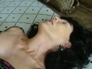 Pobehlica sue skupinové trtkanie bet, zadarmo vyzreté porno video 89