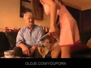 Ông nội fucked lược qua trẻ alice