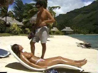 Belle bolivia samsonite fucks w tyłek