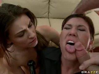 Claire dames acquires 她的 口 teased 由 一 monstrous weenie 準備 到 choke 該 guyr 深