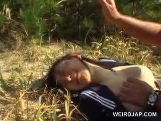 Innocent aziāti skola meitene piespiedu stāšanās hardcore sekss ārā